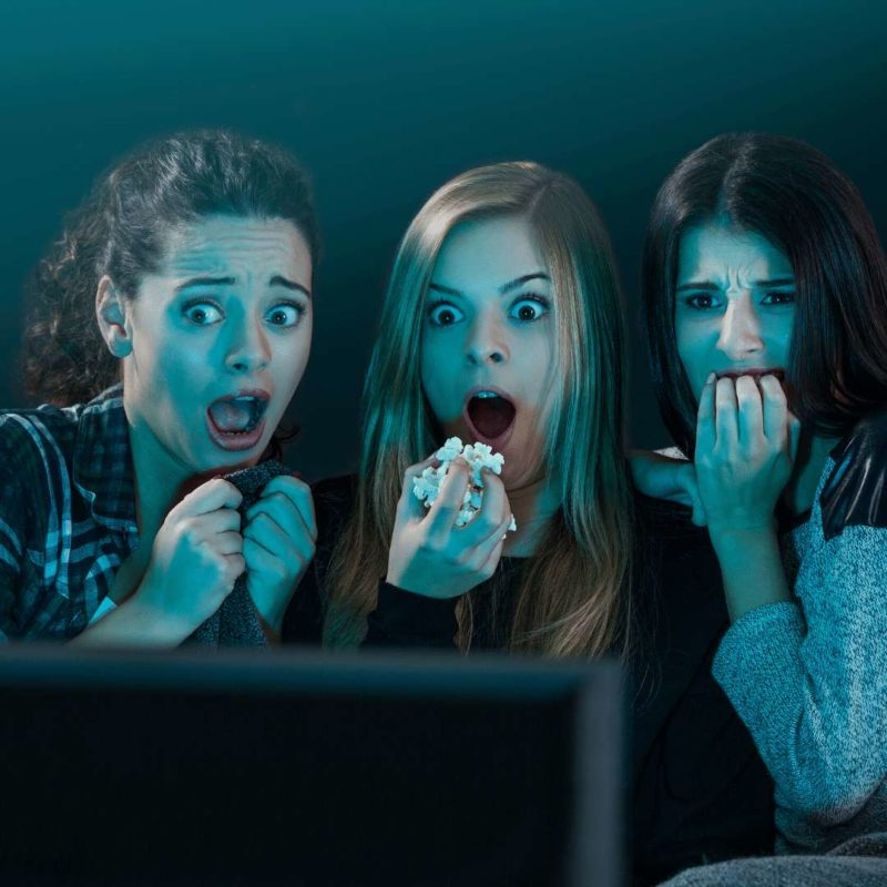 WATCH A HORROR MOVIE at home under quarantine time